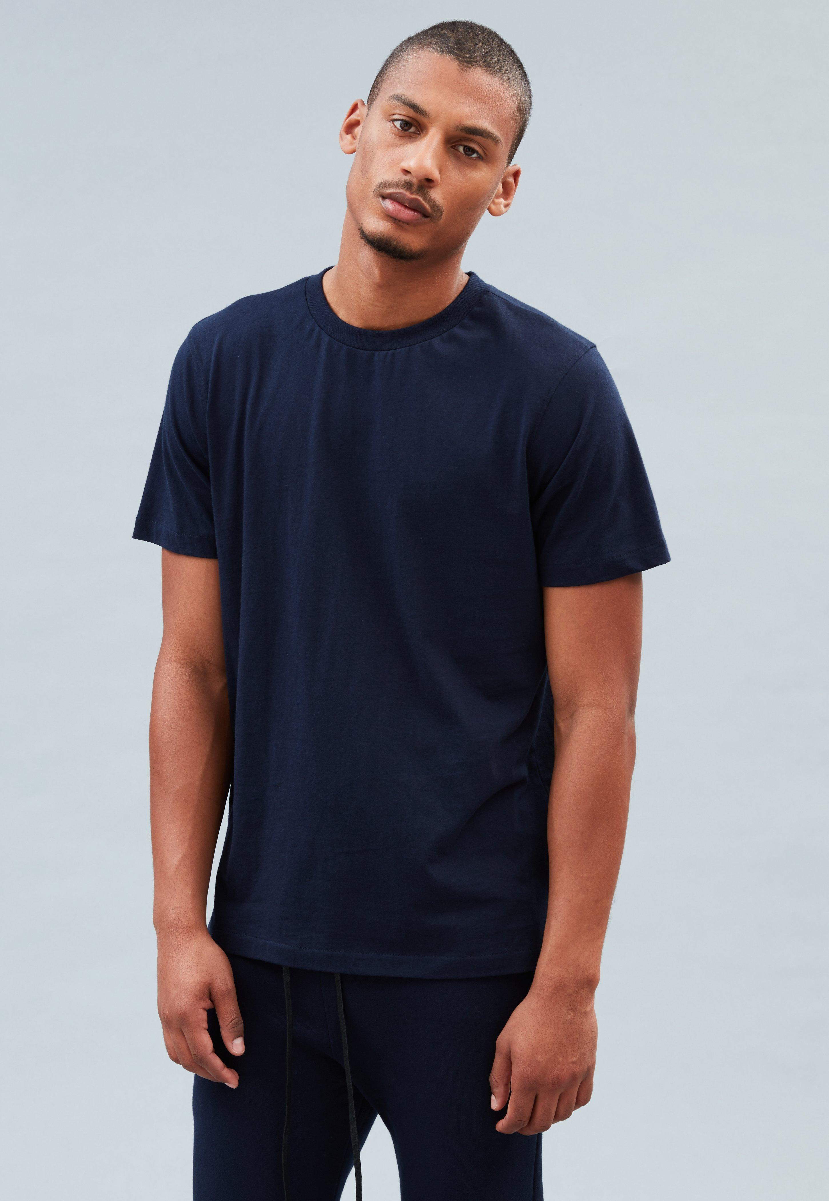 bbe2ca62de1c2 Super Longline T Shirt With Oversized Fit And Stepped Hem ...